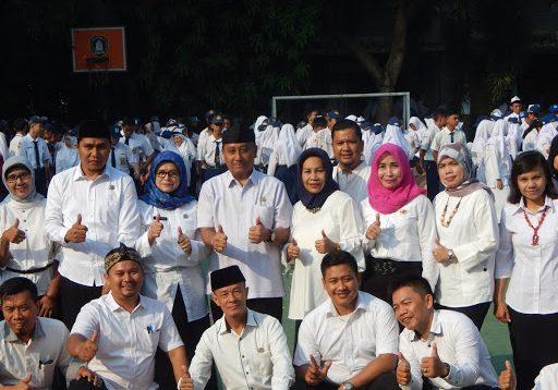 Guru SMA Negeri 12 Kota Bekasi