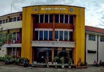 Gedung SMA Negeri 12 Kota Bekasi